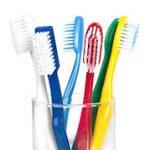 Ako by som si mal čistiť zubný implantát?
